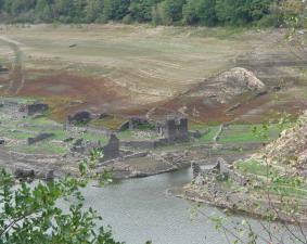 Lac de Sarrans 9 060